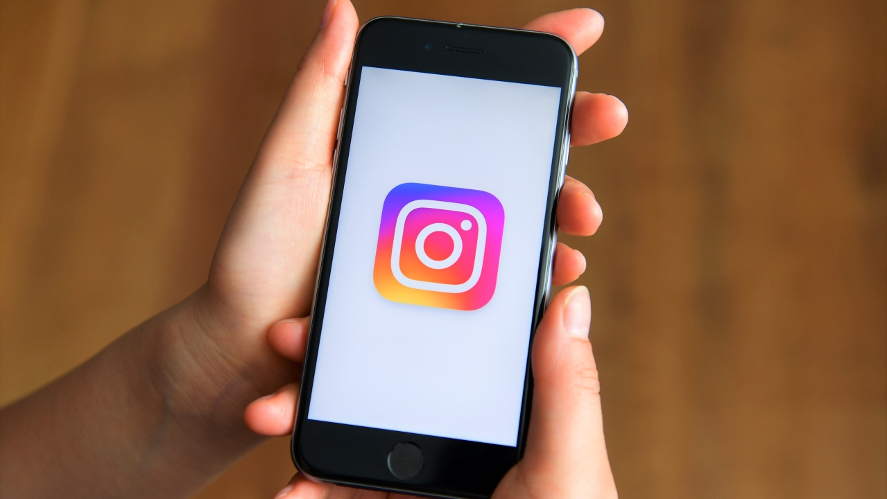Soon, You Can Shop On Instagram In India; New 'Buy Feature' In The Pipeline