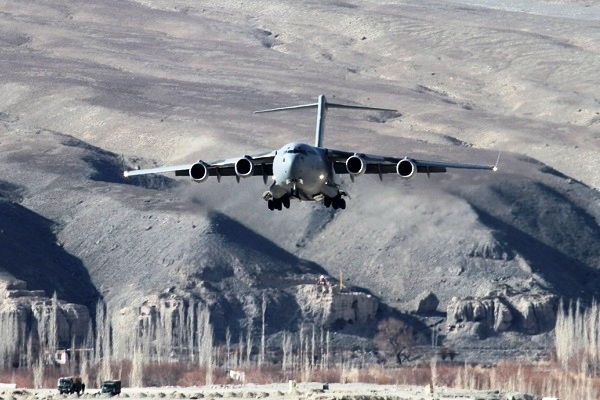 Indian Air Force Showcases Its Rapid Airlift Capability: Transports 463 Tonnes Load From Chandigarh To Ladakh