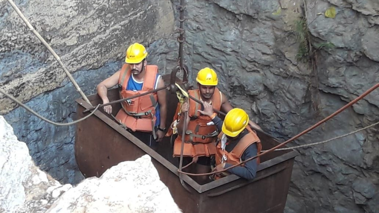 Race Against Time: NDRF Team Reaches Meghalaya's East Jaintia Hills, Begins Operation To Rescue  'Rat-Hole' Miners