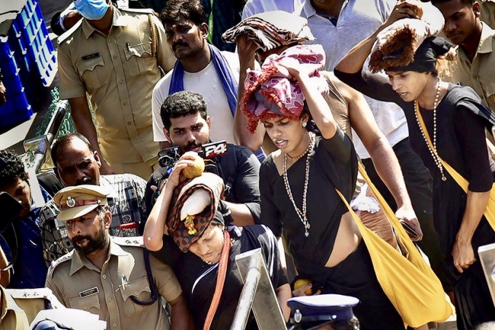 Sabarimala Calm Fails To Hold: 12 Women From Tamil Nadu Try To Enter Shrine, Blocked By Devotees
