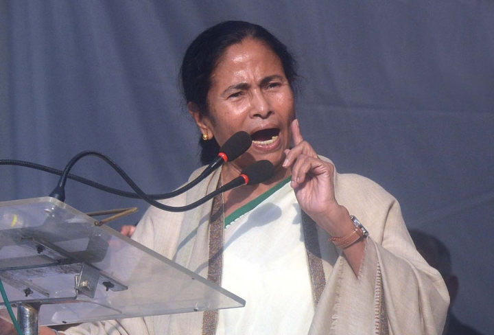 Mamata Alleges Human Rights Violations In Kashmir Even As Another BJP Worker Gets Murdered In Bengal