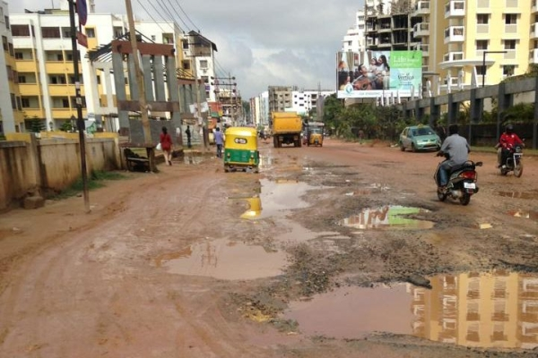 Highest Property Tax, Pothole-filled Roads: Disappointed With BBMP, Mahadevapura Residents Fix Potholes Themselves