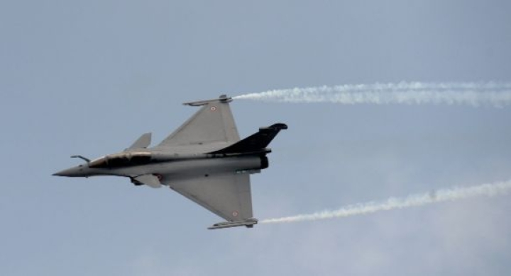 Year Before Shortlisting Rafale, UPA Government Said HAL's Hands Full