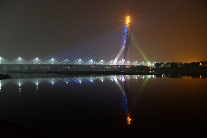 Hit Rock Bottom? Nuts And Bolts Stolen From Delhi's Newly Inaugurated Signature Bridge, Cause Safety Worries