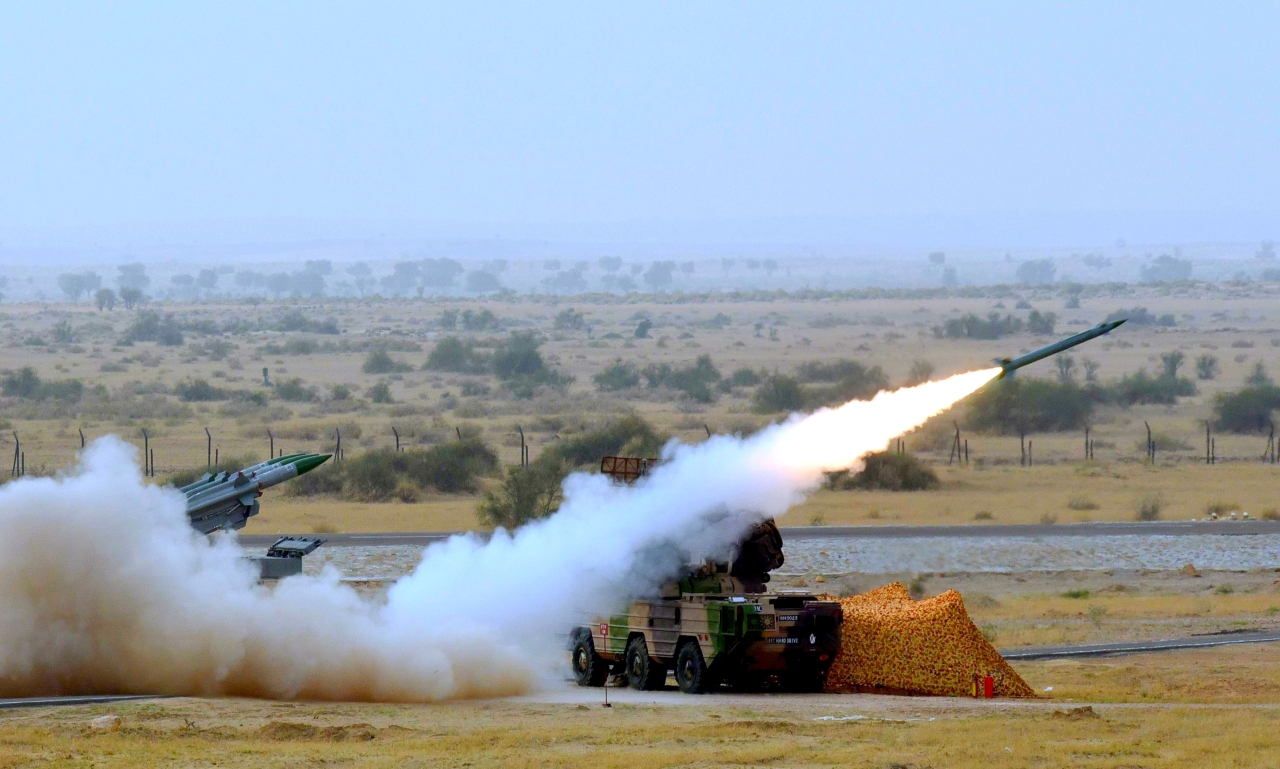 Medium-range mobile surface-to-air Akash Missiles being fired during Indian Air Force firepower show, 'Exercise Iron Fist' on 18 March 2016 in the desert of Pokhran, India. (Sonu Mehta/Hindustan Times via Getty Images)