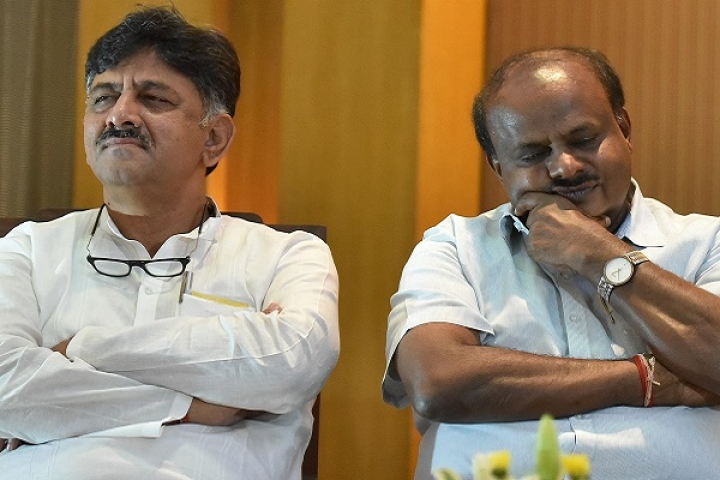 D K Shivakumar Attempts To Storm Mumbai Hotel, Rebels Rebuff Attempts To Buy Peace, Likely To Move SC Against Speaker