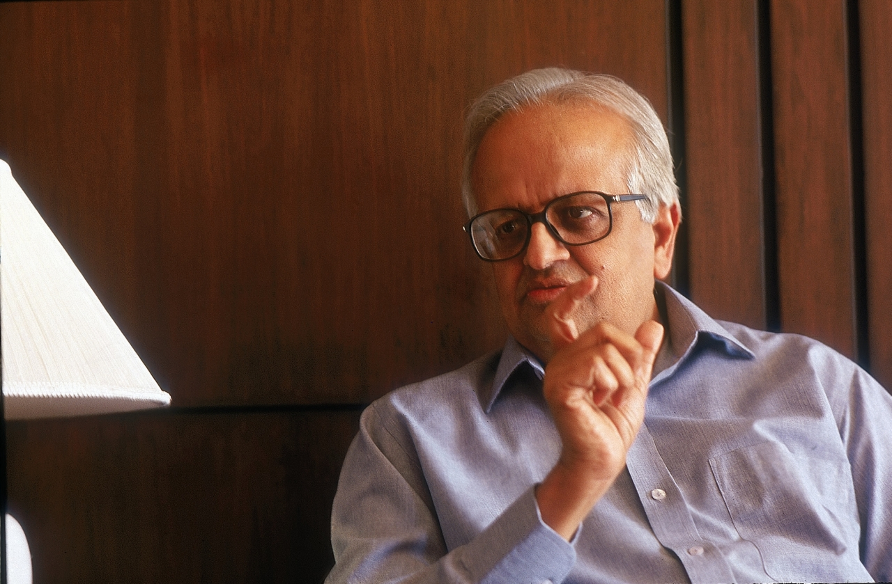 Bimal Jalan, former Governor of RBI heading the committee deliberating on the Economic Capital Framework for the RBI. (Photo by Sanjay Pandya/The India Today Group/Getty Images)