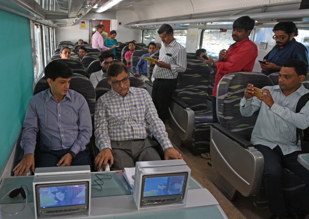 Indian Railways To Provide Jerk-Free Journeys As Shatabdi, Rajdhani See An Overhaul Of Couplers