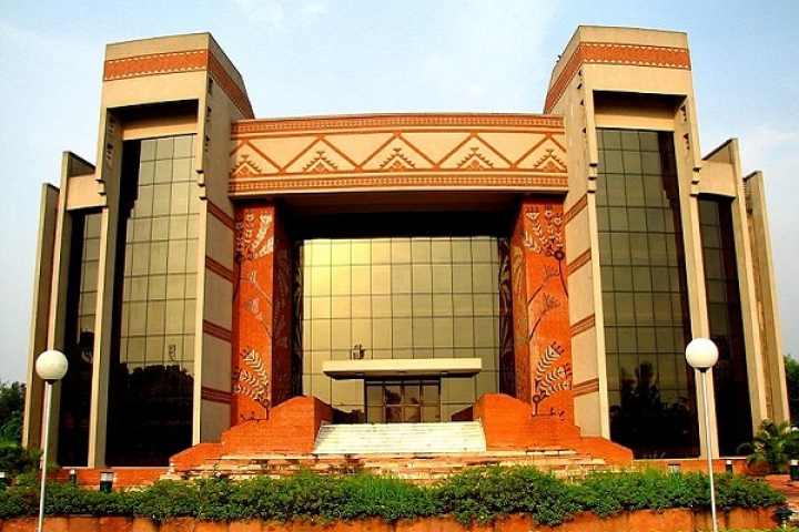 Getting Its Skin In The Game: IIM Calcutta Launches Advanced FinTech And Financial Blockchain Programmes