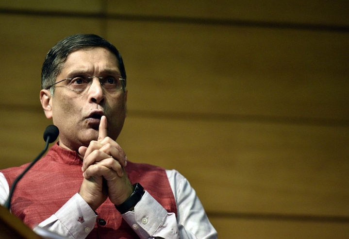Former CEA, Arvind Subramanian, Asks The RBI To Use Its Reserves To Fix The Financial System