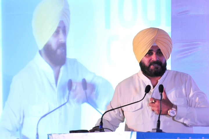 Sensitive Files Go Missing From Punjab Ministry After Navjot Singh Sidhu Quits As Minister