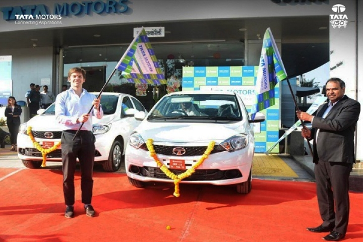 Zoomcar Takes The EV Route: Partners With Tata Motors To Launch Electric Vehicle Rentals In Pune