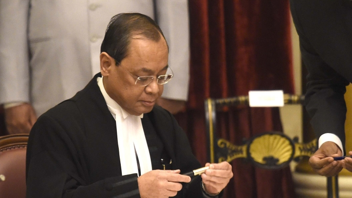 CJI Gogoi Appears Before SC Panel Probing  Sexual Harassment Allegations; Victim Backs Out Of Inquiry