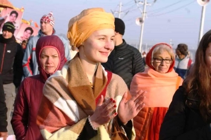 Taking The Holy Dip: Scores Of Foreigners Adopt Sanatana Dharma At Prayagraj Kumbh