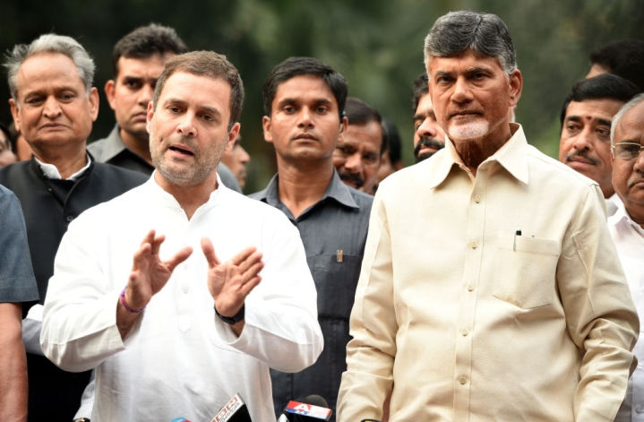 Naidu Paradrops In Delhi To Meet Rahul Gandhi, Likely To Plead With SP-BSP To Include Congress In UP Alliance