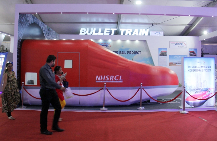 Indian Bullet Train Looks To Imbibe Japanese Spirit, Will 'Apologise' To Riders If Delayed And State Reasons Too