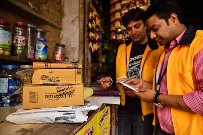 Confederation Of All India Traders Calls For Government Ban On Festive Season Sales Of Amazon, Flipkart
