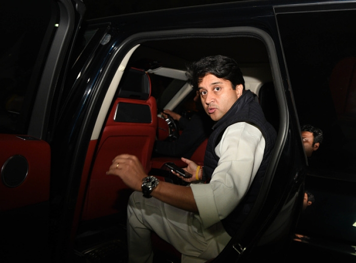 Late-Night, Closed-Door Meet Between Shivraj Singh Chouhan And Jyotiraditya Scindia Sets Off Intense Speculation
