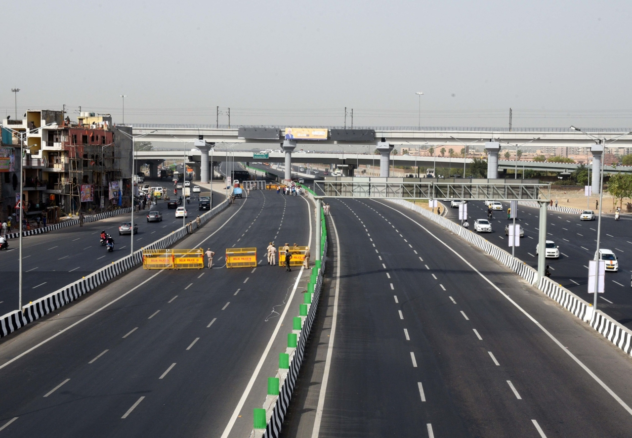 A 9 km long section of the Delhi-Meerut Expressway which was inaugurated by Prime Minister Narendra Modi. (Arvind Yadav/Hindustan Times via Getty Images)