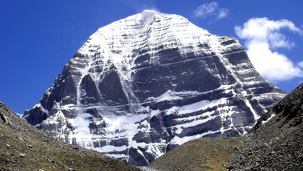 """It Is A Call From Lord Shiva, A Divine Blessing"": EAM Jaishankar Flags Off Kailash Mansarovar Yatra Via Lipulekh"