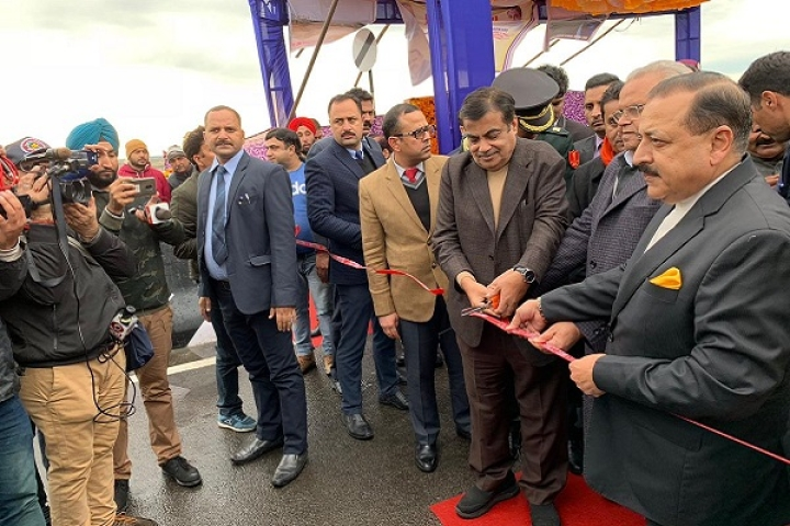 Gadkari Opens Bridge Over River Ravi Connecting Punjab-J&K; Pathankot-Kathua Distance Slashed To Just 8.6 KM