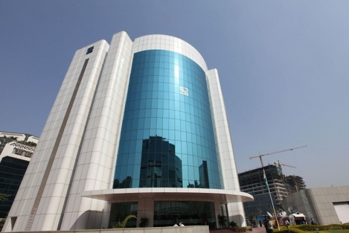 SEBI Eases Norms For Foreign Portfolio Investors Amidst Sell-Off In Indian Equities