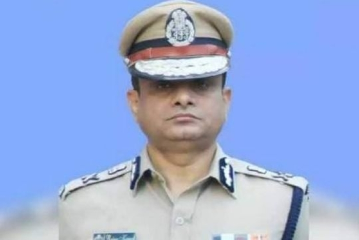 Mamata's Favourite Top Cop Rajeev Kumar 'Untraceable' After Being Summoned By CBI In Saradha Scam