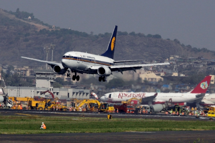 Jet Airways Bends To Bail Terms: Naresh Goyal May Step Down; Etihad's Stake To Increase To 40 Per Cent From Current 24