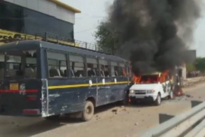 Shots Fired, Vehicles Burnt In Rajasthan: Despite Bainsla's 'Peaceful' Protest Promise, Gujjar Agitation Turns Violent