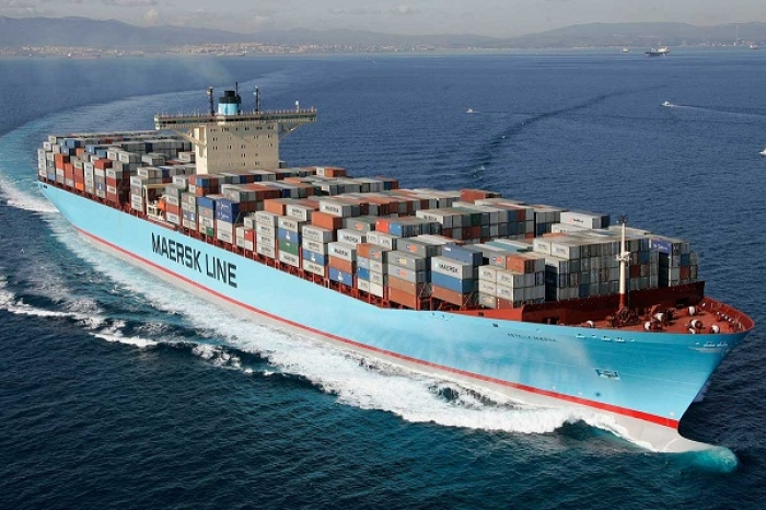 In A First, Logistics Biggie Maersk Moves 16 Cargo Containers Along Gangetic Route National Waterway 1