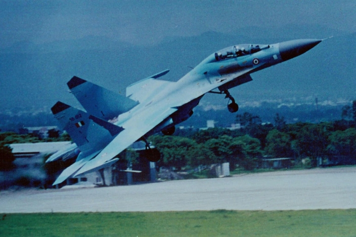 Indian Air Force's Latest Innovation: To Integrate British AASRAM Missile System With Russian Su-30 MKI Jets