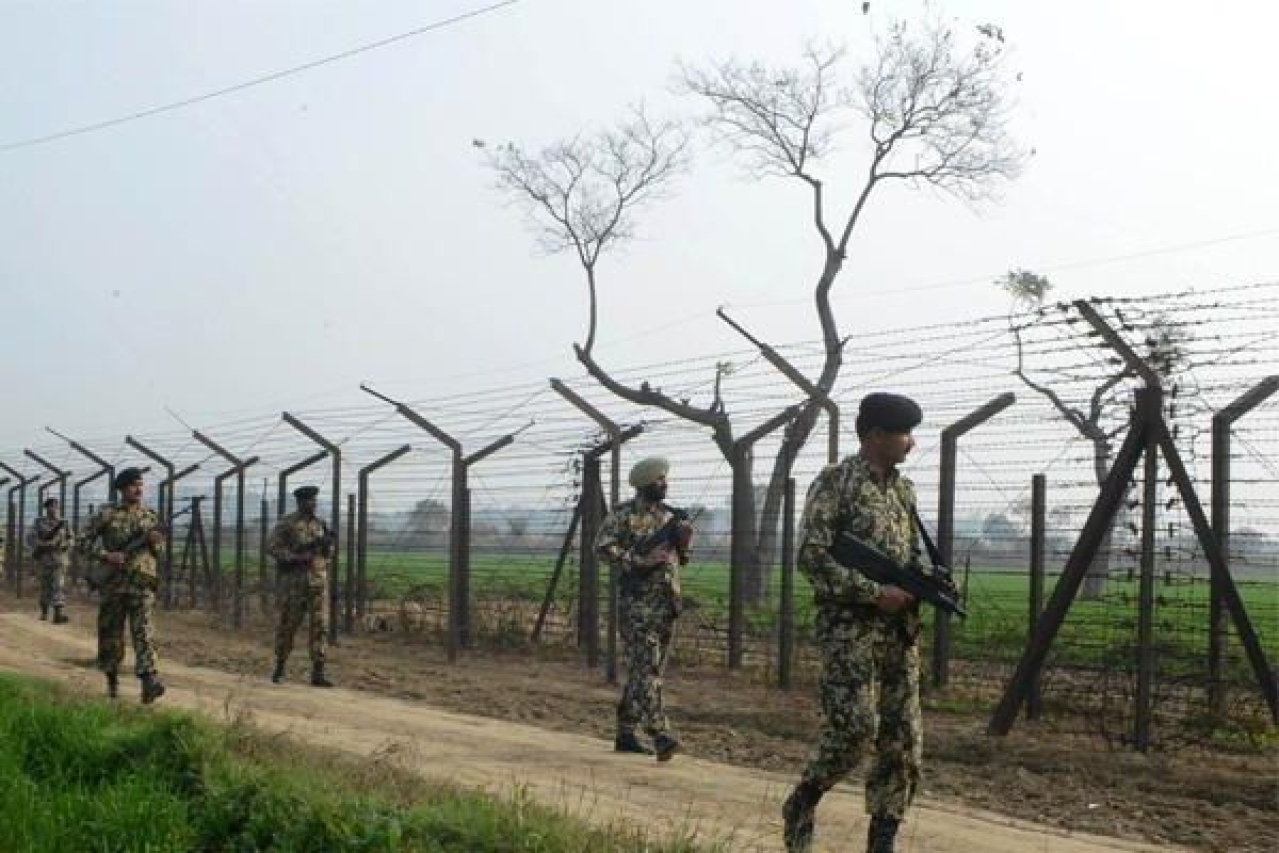 Troops at the India-Pakistan border