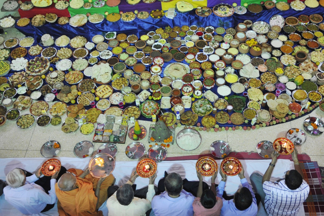 More than 500 recipes being presented to Lord Swaminarayan as offering at Swaminarayan Temple on the occasion of Annakut Utsav in Kolkata, India. (Subhendu Ghosh/Hindustan Times via GettyImages)