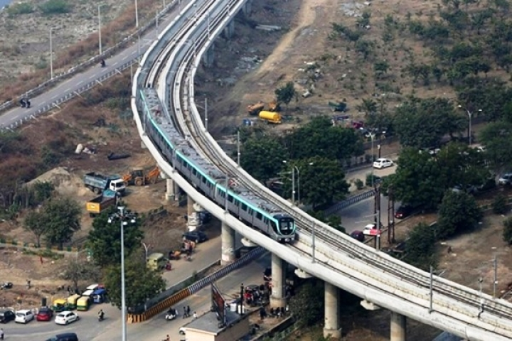 Rocking Start To Noida Metro's Aqua Line: Generates Rs 3.6 Lakh Average Daily Revenue, Total Ridership Of 1.2 Lakh