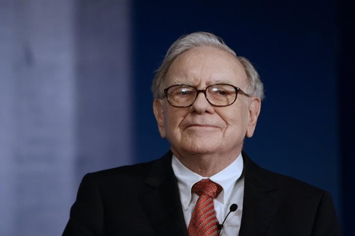 Battery World All Charged Up: Warren Buffett's Duracell Eyeing Takeover Of Rival Eveready, As Latter Loses Mojo