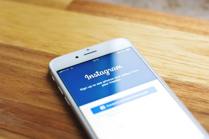 Now 'Checkout' On Instagram: Social Media Platform Enters E-Commerce Space