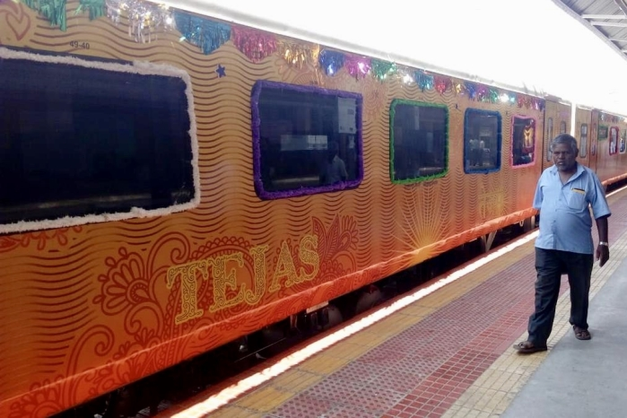 IRCTC Introduces Premium Features Like Baggage Pickup-Drop, Exclusive Lounge On Delhi-Lucknow Tejas Express
