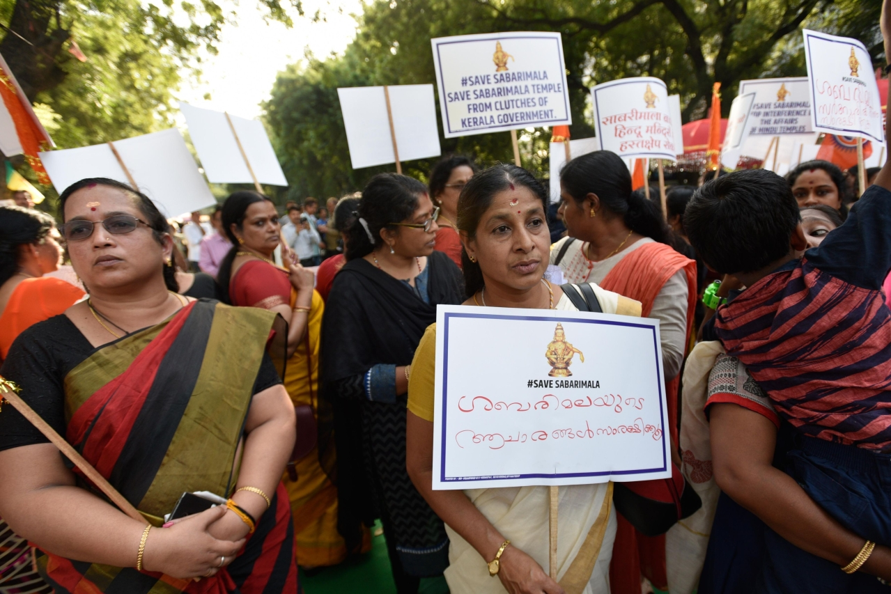 Members of Sabarimala Ayyappa Seva Samajam take part in a protest against the Supreme Court verdict. (Biplov Bhuyan/Hindustan Times via Getty Images)