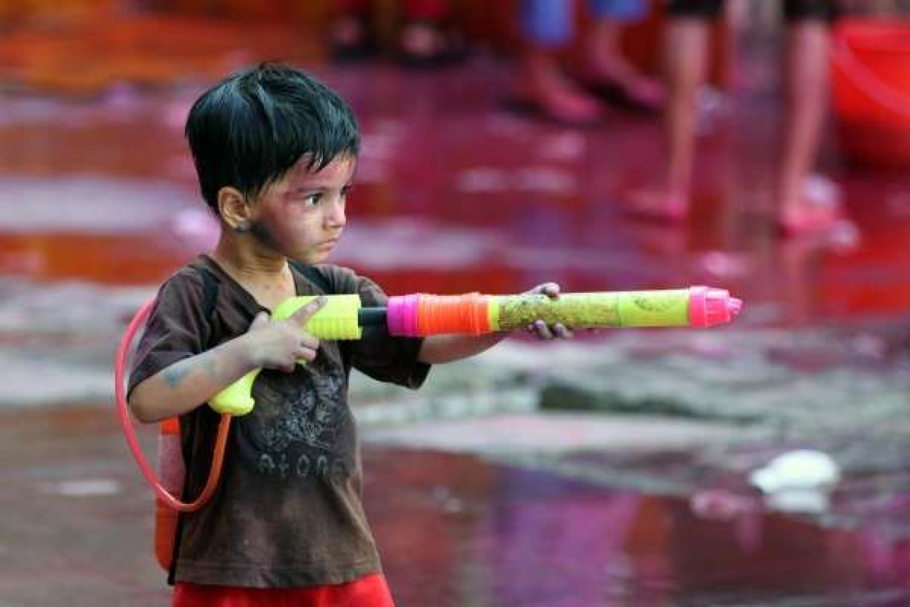 A boy plays Holi Sion in Mumbai. (Kunal Patil/Hindustan Times via GettyImages)