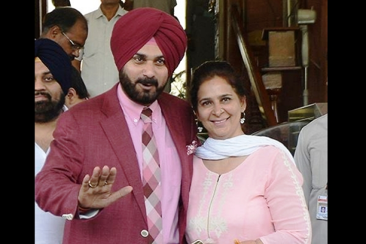 Misplaced Loyalty? Congress Denies Lok Sabha Ticket To Navjot Singh Sidhu's Wife From Both Amritsar, Chandigarh