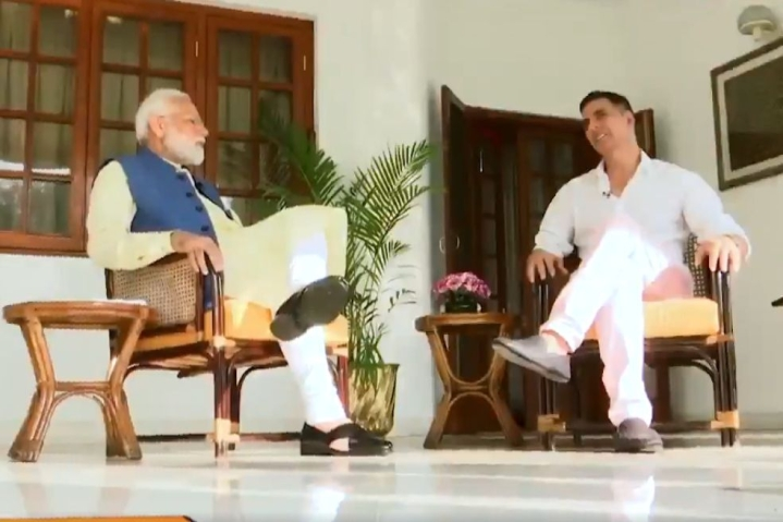 Akshay Kumar Pledges Rs 25 Crore To PM-CARES Fund Constituted For India's War Against Coronavirus