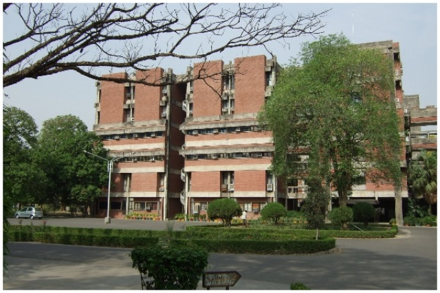The Story Behind  Damning Plagiarism Charges Against IIT Kanpur's Dalit Teacher