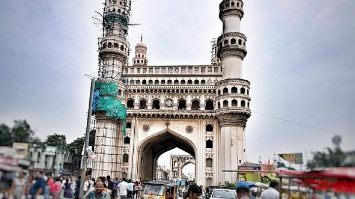 After Notre Dame Fire, Charminar Suffers Damage As Part Of Minaret Falls; ASI Says 'No One To Blame'