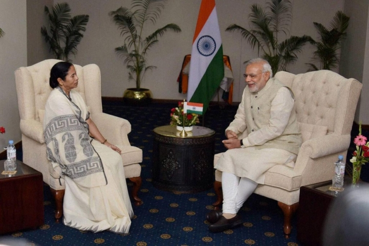 Unity Or Diversity? Modi Vs Mamata Exposes  Faultlines In Hindu Political Assertiveness
