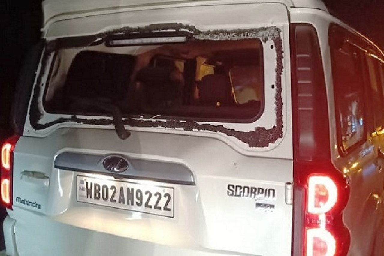 Convoy Of Senior BJP Leaders Himanta Biswa Sarma, Dilip Ghosh Attacked In Bengal By Suspected TMC Workers
