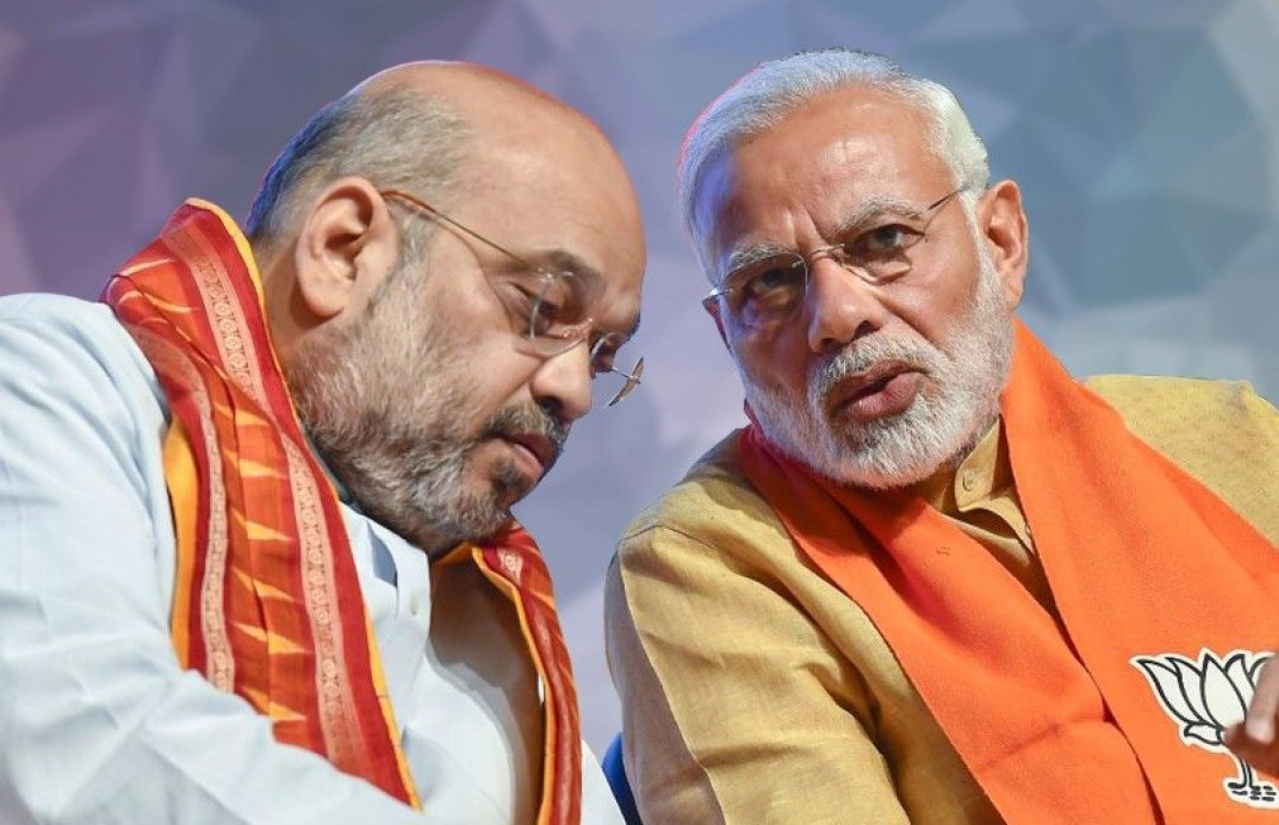 BJP president Amit Shah with Prime Minister Narendra Modi during a meeting. (Getty Images)