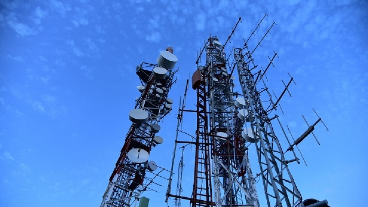 Telecom Companies Move SC Seeking Extension To Clear DoT Dues Worth Nearly Rs 1.47 Lakh Crore