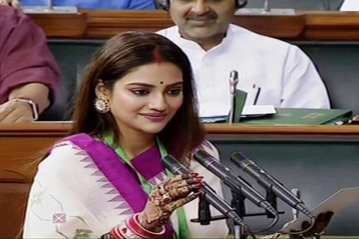 Islamic Clerics Issue Fatwa Against Nusrat Jahan For Wearing Sindoor, Criticise Her For Not Marrying A Muslim