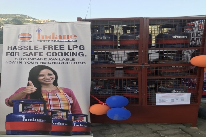 Poor Families Can Soon Avail Subsidised 5 KG LPG Cylinders Under Ujjwala Scheme For Greater Cost Efficiency