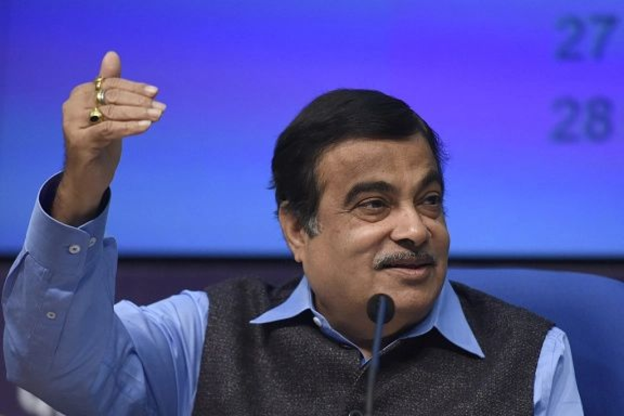 Union minister Nitin Gadkari at a press conference in New Delhi. (Sonu Mehta/Hindustan Times via Getty Images)